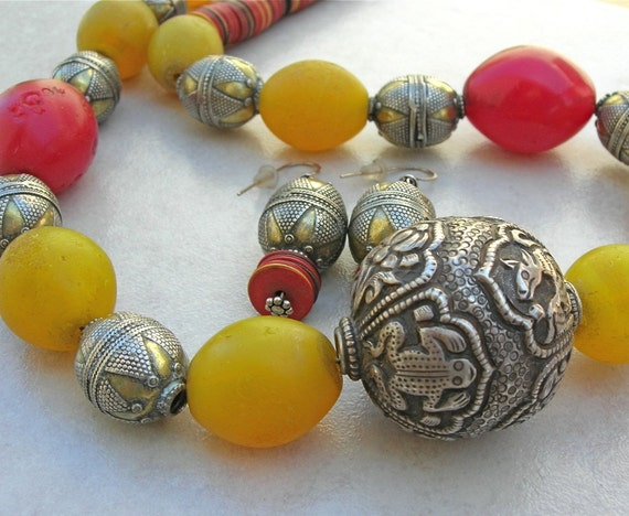 SUMMER SALE! ETHNOGRAPHIC Necklace Set, Tradewind Treasure, African trade beads & antique silver beads, statement necklace