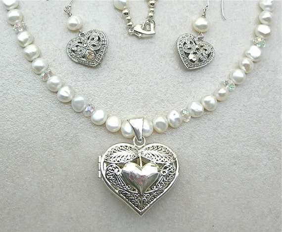 Mom Heart Locket & Pearls, reversible heart, handmade beaded necklace set, mother of the bride necklace