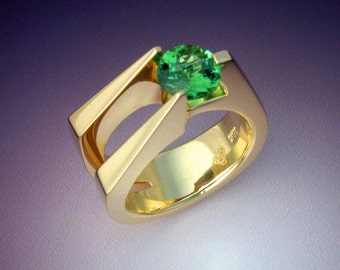 18k Gold Extraordinary Green Tourmaline ring