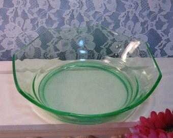 Elegant Cambridge Glass Green Octagon Bowl, Vintage 1930s Depression Glass, Glass Dinnerware, Serving Bowl, Vintage Kitchen Glass
