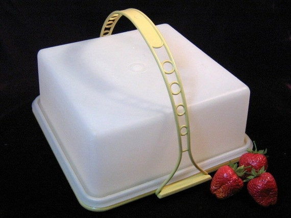 Vintage Tupperware Square Cake Carrier Or Taker Brownie