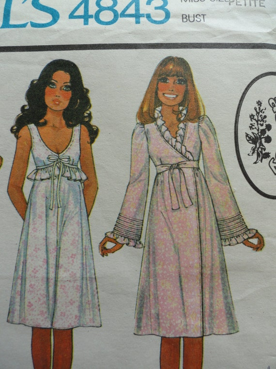70's Laura Ashley McCall's 4843 feminine nightgown robe bust 30 1/2  31 1/2 vintage sewing pattern