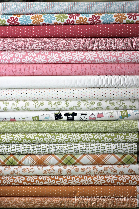 Lucy's Crab Shack by SweetWater and Moda, Multi, 17 Total Fat Quarter bundle,