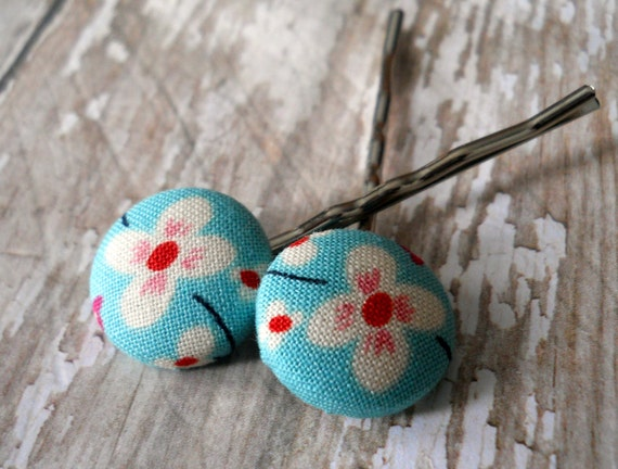 Bobby Pins from Fabric Covered Buttons (Light Blue and Red Flowers) handmade by JEJEWELED