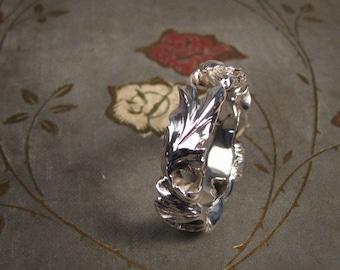 Poppy Ring II (14K) - Made to Order