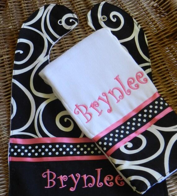 Burp cloth and bib set//personalized burp cloth//personalize..