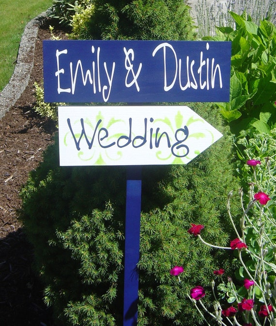 Wedding Signs with Bride & Groom Names, Custom Wedding Directional Sign with Arrow and Damask. Unique, personalized signs.