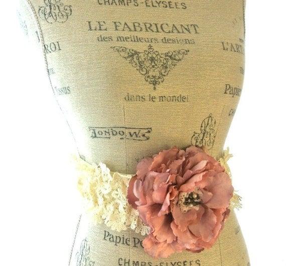 Romantic shabby lace sash, bridal belt, shabby obi, romantic rose sash, cottage chic, womens accessories