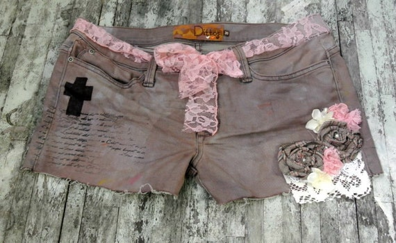 shabby rose shorts, womens clothing, embellished denim, dirty dye, rustic, gypsy cowgirl, womens clothing