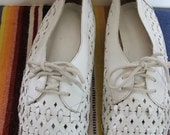 Vintage White Cut-out Lace-up Flat Shoes