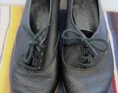 Vintage Black Leather Lace up Low Ankle Shoes
