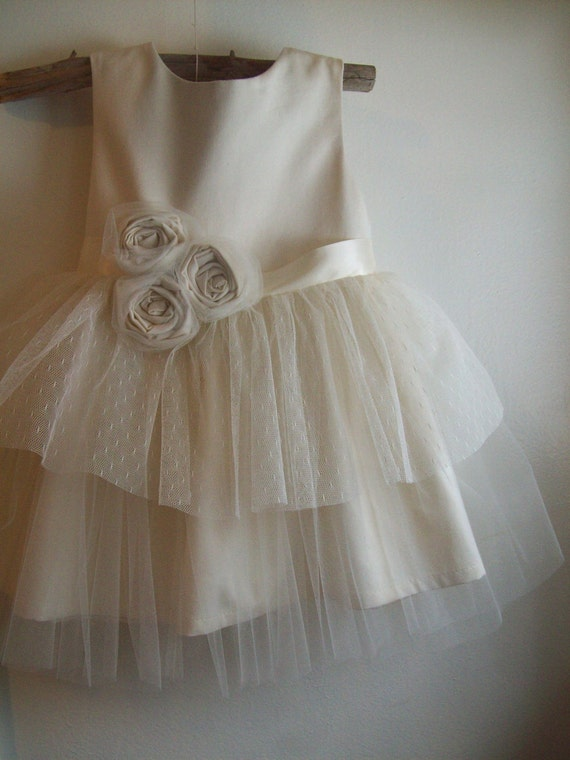Vintage style Flower Girl Dress ... natural Organic cotton ..6-7-8