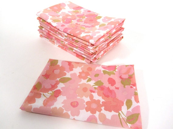 RESERVED for  shopgirl89 Pinky Dinky Do Flower Vintage Sheet Fat Quarter POPULAR PRINT