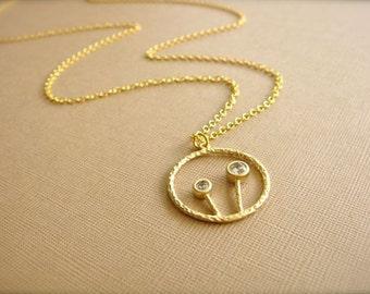 Mod Dandelion Necklace in Gold