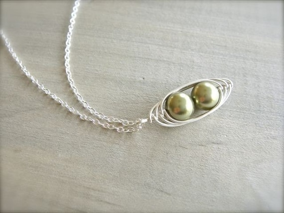 2 Peas in a Pod Necklace - Choose Your PEARL COLOR - Mom, Mother, Grandmother, Mother's Day