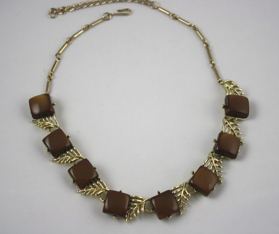 Retro Brown Thermoset Squares with Gold Toned Leaves Necklace
