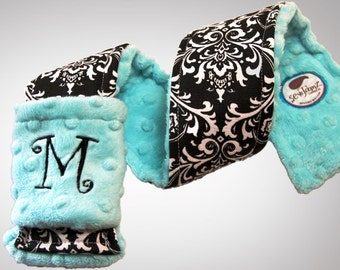 Personalized Camera Strap Cover Set in Elegant Black/White Damask with Dual Lens Cap Sleeve