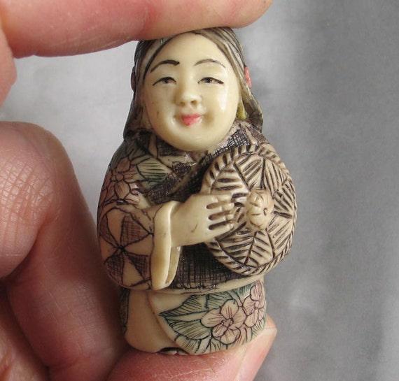 Unusual Vintage  Netsuke  Carved Figure