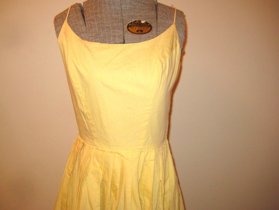 On the sunny side of the street 1950s Cotton sundress