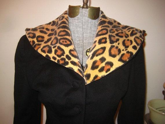 Madam Zena Faux Leopard Suit detailed suit coat Must see
