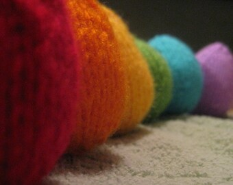 Rainbow Eggs, Hand Knit Kids Toys, Play Pretend Waldorf , Kids Toys 6 six Eggs, Pretend Food, Plush