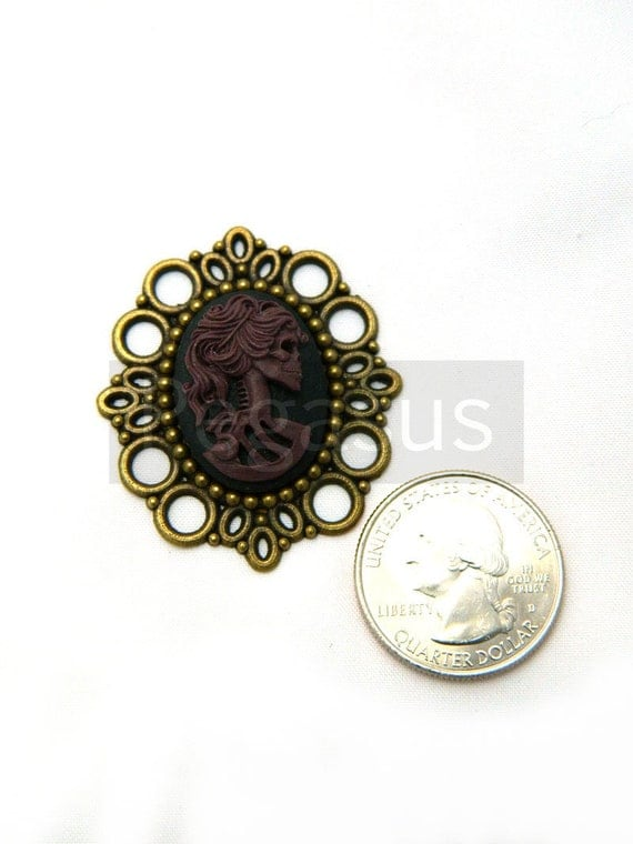 Black and PURPLE Skull Maiden Gothic Cameo Pendant (3 piece)(25x18 cameo)(F01) Resin cameo,Bronze base for gothic choker,victorian jewelry