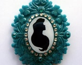 Princess Cameo Collection - Ariel sparkling pendant