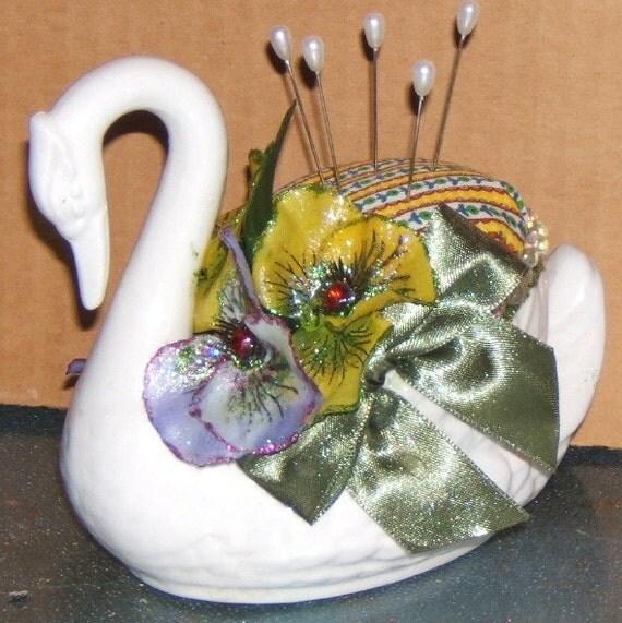 Garden Swan Pin Cushion