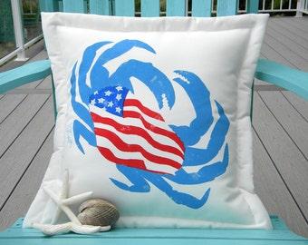 """Outdoor pillow U. S. O. benefit crab patriotic USA red white blue 20"""" (50cm) stars stripes Crabby Chris Original"""