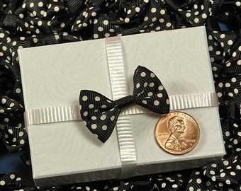 10 - Black PolkaDot Bows