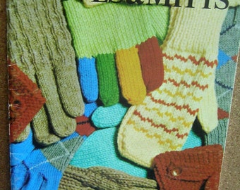 Patons Gloves and Mitts Knitting Instruction Booklet