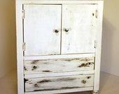 Vintage Storage Drawer Cabinet / Dresser Cabinet