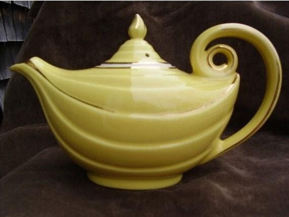 Vintage hall aladdin teapot by outofmyattic on etsy - Aladdin teapot ...