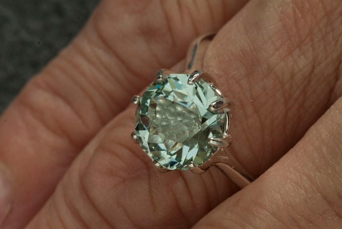 Resultado de imagen para green quartz rings