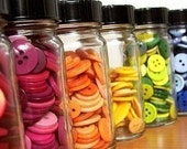 usa Mix Of  50 Colorful Sizes and Designs Of Buttons