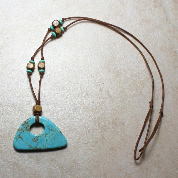 SALE Calming Nursing Necklace in Turquoise Howlite with Wood Breastfeeding Baby Wearing