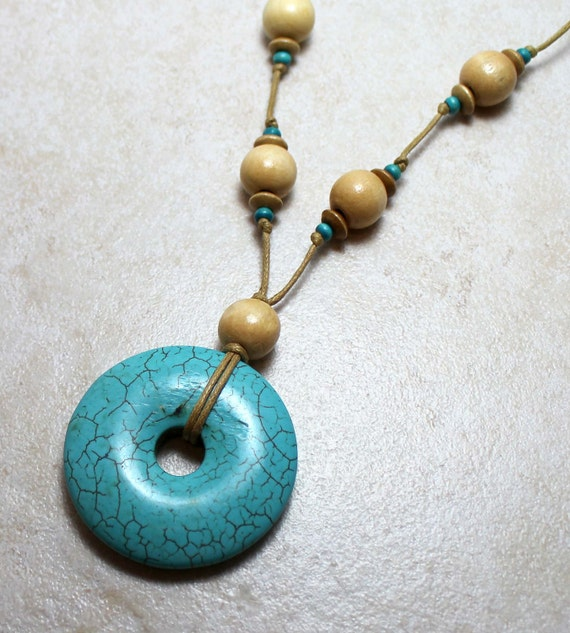Calming Nursing Necklace with Turquoise Howlite Breastfeeding Baby Wearing