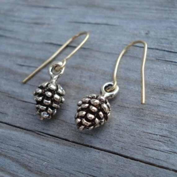 Pine Cone Earrings, Gold Pinecones, Dangle Earrings, Everyday Jewelry, Fall Earrings, Winter Jewelry, Christmas Earrings, Holiday Earrings