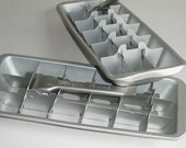 Vintage Aluminum Magic Touch Ice cube Tray
