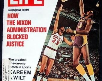 LIFE MAGAZINE KAREEM JABBAR VS WILT CHAMBERLAIN COVER MARCH 24, 1972, ISSUE,