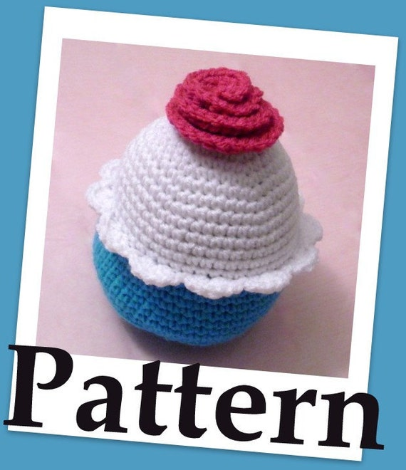 Supersized cupcake pincushion with whipped cream Crochet PDF pattern