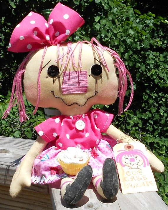 Cup Cake Annie Handmade Raggedy Ann Annie Primitive Doll with fake cupcake and tag