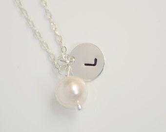 Pearl initial disc necklace - Sterling Silver necklace, wedding bridal jewelry, birthday gift, engraved necklace, personalized necklace