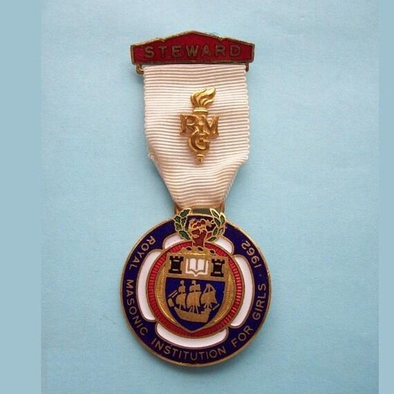 1962 Royal Masonic Institution for Girls Medal