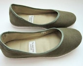 Handmade Eco-Vegan Flats in Olive Green - 910K