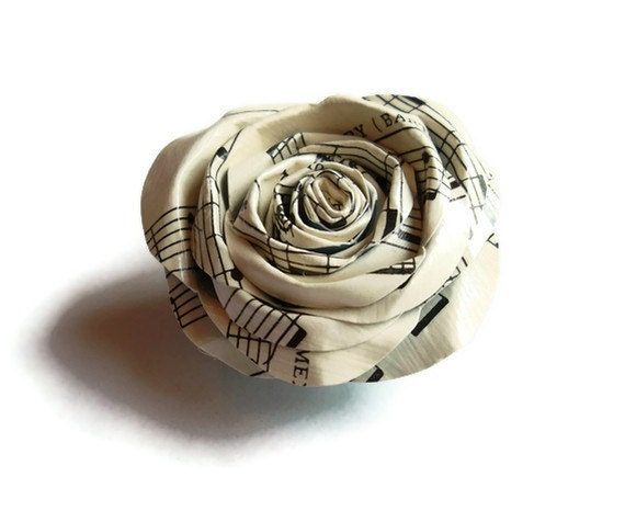 Vintage Sheet Music Paper Rose 2-in-1 Brooch and Hair Clip