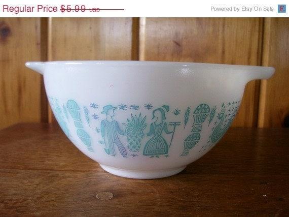 Sale Antique 1950 S Pyrex Milk Glass Bowl Blue By