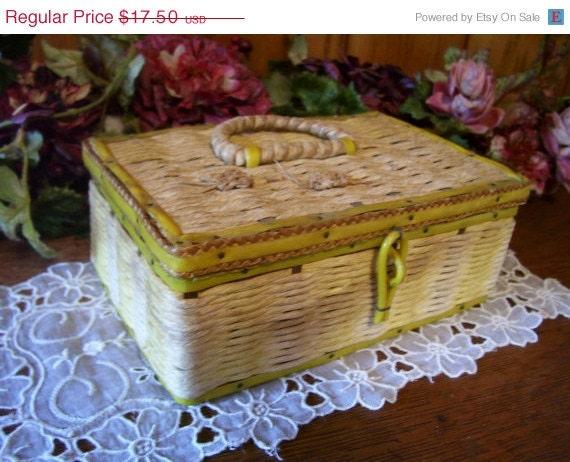Sale Adorable Antique Dritz Sewing Basket Box w/Yellow Trim
