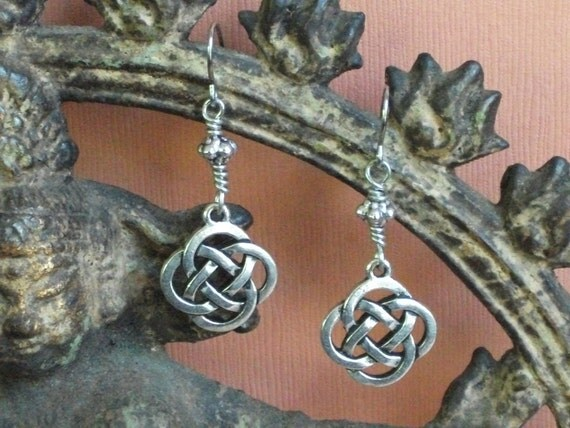 Pewter Celtic Knot Dangle Earrings