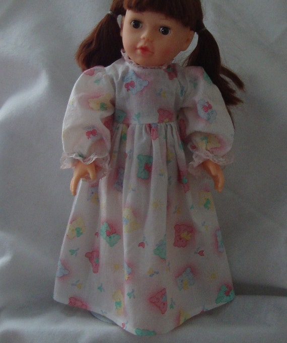 Nightdress for 14 to 16 inch doll (med)